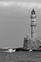 Chania_17_24112016-1013 (john houv) Tags: chania crete mediterranean oldharbour oldharbor lighthouse reflection