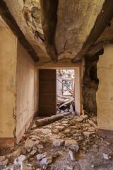 Escaleras a la bodega. Gaarul, Aragn, Espaa. (www.rojoverdeyazul.es) Tags: gaarul aragn espaa autor lvaro bueno pasillos puertas escombros debris zona rural rstico antiguo rustic ancient