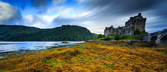 Eilean Donan Castle with the Lee Big Stopper, Scotland, Scottish Highlands (capturedcanvas.co.uk) Tags: blue orange lake blur seaweed green castle water clouds canon lens scotland highlands big rocks angle wide ruin scottish filter lee usm loch filters polarizer eilean donan 1740 manfrotto stopper 6d 1740l polariser