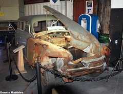Crashed Borgward wagon (Schwanzus_Longus) Tags: auto family classic beauty car station germany wagon 1 break outdoor schuppen german oldtimer bremen combi 1500 kombi hansa motorshow fahrzeug borgward linien