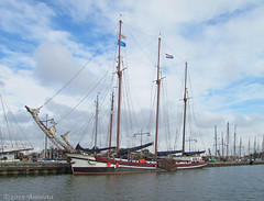 Sailingship (♥ Annieta ) Tags: oktober haven holland netherlands dutch canon boot boat sailing ship harbour nederland powershot havre enkhuizen allrightsreserved ijsselmeer zeilboot 2015 jacht klipper driemaster oudhollands annieta sx30is usingthisimagewithoutmypermissionisillegal