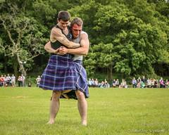 Backhold Wrestling (FotoFling Scotland) Tags: argyll davidblair event frazerhirsch lochlomond scotland highlandgames kilt luss lusshighlandgames