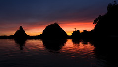 Ohope fire (lizcaldwell72) Tags: sunrise otarawairerebay reflection sky bayofplenty water ohope newzealand light