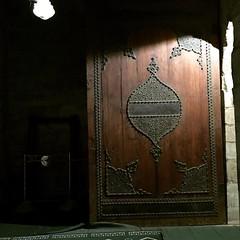 #mosque #sultan #almuayyad #muayyad #cairo #egypt #mezquita #egipto #art #old #door #muslim #ibili #bili #worldplaces #instagram #instaworld #landscape
