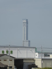 Star Gate Hotel tower ahead (seikinsou) Tags: japan osaka autumn jr railway train kix kansai airport haruka stargate hotel tower rinkuutown