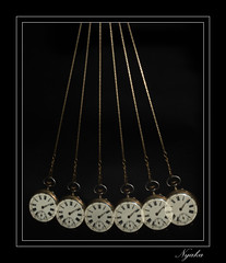 _DSC7492 (NYAKA36) Tags: horloge naturemorte studio