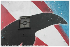 Kunstmaand Ameland: Rachel van Balen (Dit is Suzanne) Tags: img8098 30102016 nederland netherlands нидерланды friesland фрисландия hollum холлум ©ditissuzanne canoneos40d sigma18250mm13563hsm vuurtoren маяк lighthouse bornrif kunstmaandameland rachelvanbalen herfst autumn осень regen rain дождь raam window окно views100