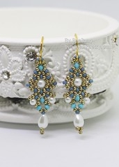 Dhara Earrings (BeeJang - Piratchada) Tags: beadweaving beadwork beading earrings earring miyuki gold golden pearl swarovski crystal bicone teardrop blue turquoise jewelry handmade