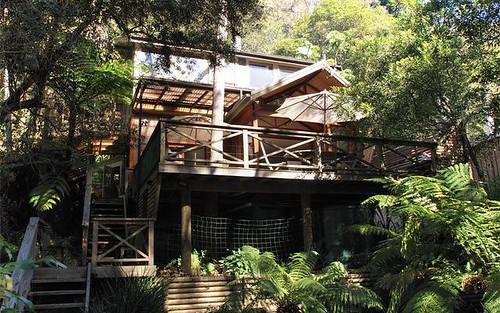 The Treehouse / 61 Monash Ave, Great Mackerel Beach NSW 2108
