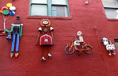 Sculptures at Gallery Alley by Julie McCullough, Lincoln (ali eminov) Tags: outdoors lincoln nebraska arts wallart publicart sculptures artists sculptors juliemccullough haymarket galleryalley