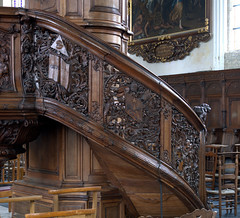 Quaëdypre, Flandre, Nord, Église Saint-Omer, nave, pulpit, staircase (groenling) Tags: quaëdypre kwaadieper france flandre nord hautsdefrance fr églisesaintomer pulpit chaire wood carving woodcarving bois stairs staircase escalier rampe crown corona miter mitre coatofarms armoires allseeingeye triangle angel ange cupid cherub kiss baiser dominic dominique saint ajour openwork