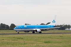 Amsterdam Schiphol Airport 12-08-2015 (Iemand91) Tags: dutch amsterdam royal boeing klm airlines schiphol ams spotting 737 nightingale eham 737900 nachtegaal phbxr