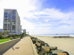 Las Palmas | Coronado Shores (Brent Delhamer - Coronado Premier Realty) Tags: beach waterfront pacificocean boardwalk shores bayfront 2015 coronadoshores elcaminotower september2015 09012015 laperlatower laspalmastower