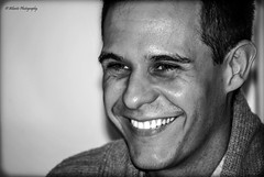 Christian Gálvez (Natalia Berrón) Tags: portrait bw smile face retrato cara porträt bn christian sonrisa चित्र 肖像 presentador بورتريه gálvez 초상 christiangálvez पोर्ट्रेट