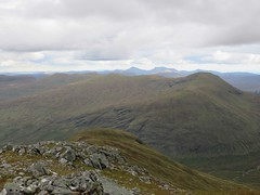Meal Glas top Sgiath Chuil ridge zoom from Creag Mhor up top (ancanchaWH) Tags: zoom top ridge meal glas mhor creag sgiath chuil