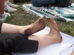 410150645VsPoiC_ph (Zappacity) Tags: woman barefoot pedicure soles filthyfeet festivalfeet