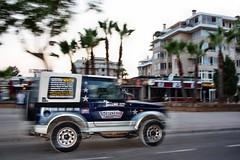Jeep - Sa Coma- Mallorca-Spanien (turboknipser) Tags: jeep spanien balearen sacoma mallorcaspanien jeepsacomamallorcaspanien
