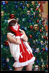 nEO_IMG_DP1U0504 (c0466art) Tags: christmas light portrait face night canon nice colorful pretty gorgeous taiwan showgirl short figure attractive lamps cloth charming decroration 1dx c0466art