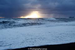 _MG_3052 (photography.lenaa) Tags: blacksandbeach beach stone black water sea ocean blue sun iceland
