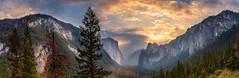 Tunnel-Pano-copy (Uncle_Greg) Tags: yosemite tunnelview granite sunrise california elcapitan cathedralrocks panorama