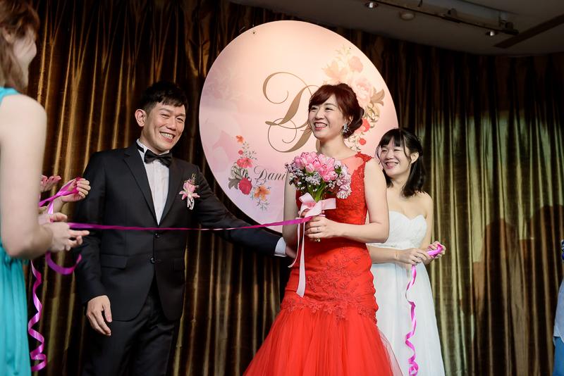 國賓婚攝,台北國賓,國賓飯店婚宴,新秘Miko ,婚攝小勇,台北婚攝, 愛瑞思新娘秘書造型團隊,西敏英國手工婚紗,小寶工作室-066