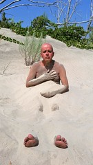 Tout Bronzé Dans Le Sable. 2016-08-10 12:43.41 (Sandbanks Pro) Tags: sandbanksprovincialpark sandbanks westlake ontario canada parcprovincial provincialpark dune sable sand végétation homme man male gai gay homosexual homosexuel nude nudité nu nudis nudiste nudisme nature naked nakedman naturiste été summer vacance holiday bronzé tan paysage touristique