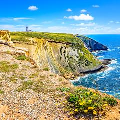 Cabo Espichel (Marcel Weichert) Tags: alentejo atlanticocean caboespichel costadacaparica europe farol lighthouse mar oceanoatlntico portugal wave castelo setbal pt