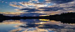 20160811_204000-1 (Andre56154) Tags: schweden sweden sverige himmel sky wolke cloud wasser water see lake ufer dalarna sonne sun sonnenuntergang sunset spiegelung reflexion reflection dmmerung dawn