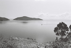 lake titicaca (arcibald) Tags: ilford hp5 plus 400 film fm2 nikon peru capachica puno lake titicaca