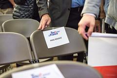 20161005_DSC4787 (patrickbatard) Tags: lr campagne chaise meeting montauban primaire rpublicains rserv sarkozy toutpourlafrance