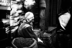 Fes-Marocco (merlo.betty) Tags: people ombre canon fes marocco black monocromo