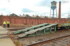 Ramp Right & blocks (Milwaukee beerNut) Tags: up wi racine cnw 605 mow maintenance trackwork relay