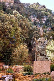 Abbot Oliva monument