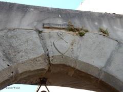 Alaigne - Porte d'Arres (Fontaines de Rome) Tags: aude alaigne porte arres