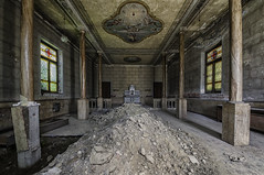 the gravity (Oreste Ore Messina) Tags: abandoned decay urbex abandonedorphanage urbanexplorationphotography oresteoremessina orestemessina