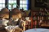 Slanting Light (Mamluke) Tags: home mamluke stpaul minnesota light sunlight slanting morning am bookcase bookshelves books settee pillows window sun sunlit luzdelsol lucesolare tageslicht zonlicht lumièredusoleil langtryhouse langtry