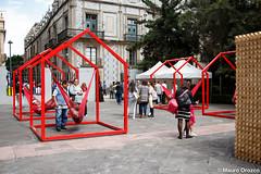 Hamacas en Madero (mauro.orozco) Tags: design rojo madera mexicocity df centro madero corredor azulejos elctrico hamacas interaccin equidad apropiacin abiertomexicanodediseo2015