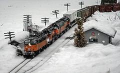 Light Snow and Little Joe (sdl39hogger) Tags: scratchbuilt gardenrailway gardenrailroad scratchbuild themilwaukeeroad ef4 gscalemilwaukeeroad 129thscale littlejoeelectric elliesub