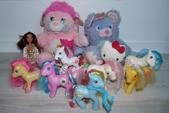 Flea Market Finds Dec 6, 2015 (Chani-Chan) Tags: party summer cake yard vintage toys purple market sale mommy barbie sunny scooter plush collection pony thrift 80s bloom g1 flea g3 shores finds 90s daze mlp posy sapphire tootsie popples littel sundace bumbleberry sunbright brushaloves