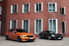 Mercedes-Benz C 63 AMG W204 & Mercedes-AMG GT S Edition 1 (Instagram: R_Simmerman) Tags: autumn orange black germany 1 c s 63 mercedesbenz gt dusseldorf edition amg supercars combo 2015 sportcars mercedesamg konigsallee w204 hypercars dusseldorfcars carsofdusseldorf