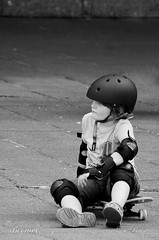 (42) (boomer_phil) Tags: pose skate pause rverie