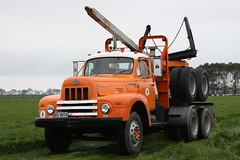65INTA (ambodavenz) Tags: international rf190 truck timaru south canterbury island classic tour new zealand