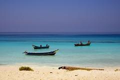 Fishermen ships (indomitablemachine) Tags: shouab shu'ub boats coast fishermen socotra yemen hadhramautgovernorate ye