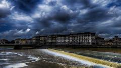 Ma vie rve - 3 (Tra Te E Me (TTEM)) Tags: lumixfz1000 photoshop cameraraw ciel sky nuages clouds eau water arno italie florence architecture toscane fleuve