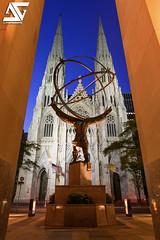 Atlas & Saint Patrick's Cathedral (A.G. Photographe) Tags: nyc usa ny newyork sunrise us nikon manhattan unitedstatesofamerica cathdrale ag atlas bluehour rockefeller glise anto leelawrie saintpatrick xiii 2470 d810 antoxiii agphotographe