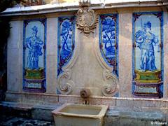 """Fonte da """"Pipa"""" - (rosaura.cristina) Tags: blue portugal fountain azul tile justice sintra barrel fuente diana fonte justicia pipa barril"""