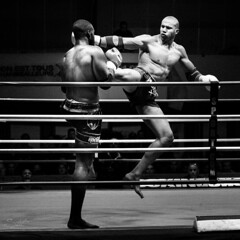DSC01804 (Fabien Corrente) Tags: noiretblanc thai fighters fighting muay muaythai muaytha