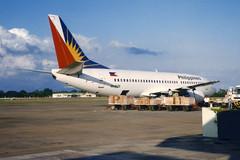 Philippine Airlines Boeing 737-3Y0 EI-BZE (Kambui) Tags: airplane airplanes boeing aviones avions 733 flugzeuge  avies boeing737 737300 boeing737300 7373y0 aeroplani kambui  eibze