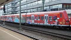 Graffiti (Honig&Teer) Tags: honigteer hannover hbf hauptbahnhof aerosolart spraycanart sport sbahn steel eisenbahngraffiti railroadgraffiti train treno traingraffiti trainart db deutschebahn urbanart graffiti