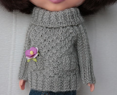 sweater for Bloomy (volnaaa) Tags: grey sweater doll handmade blythe adg